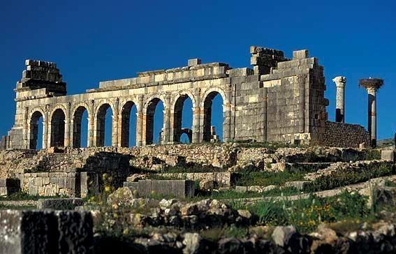 """مدينة """"وليلي"""" المغربية ،دراسة """"تاريخية- أثرية – تنموية"""""""